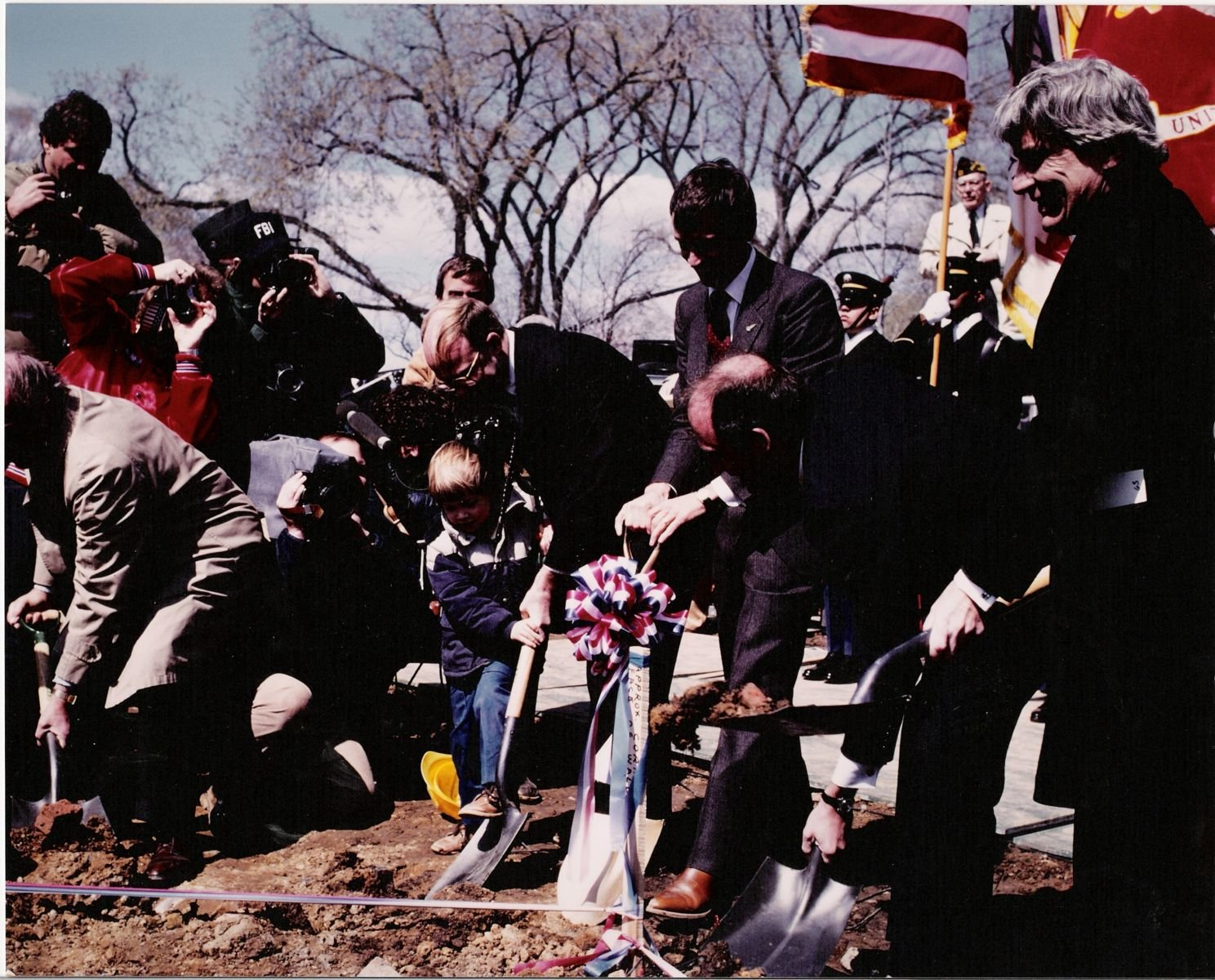 a debate on the controversy of the vietnam veterans memorial The vietnam war is arguably one of the most controversial events in american the senate debates the tonkin gulf vietnam veterans against the vietnam war.
